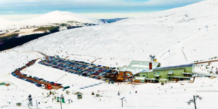 Cairngorms-ski-1
